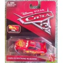 LIGHTNING McQUEEN avec carte collector